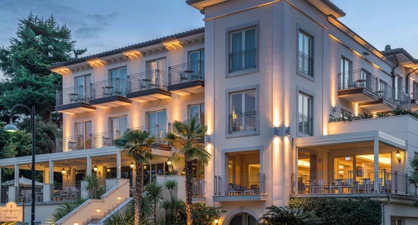 Hotel Villa Rosa, Exterior