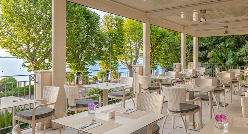 Hotel Villa Rosa, Outdoor Dining Terrace