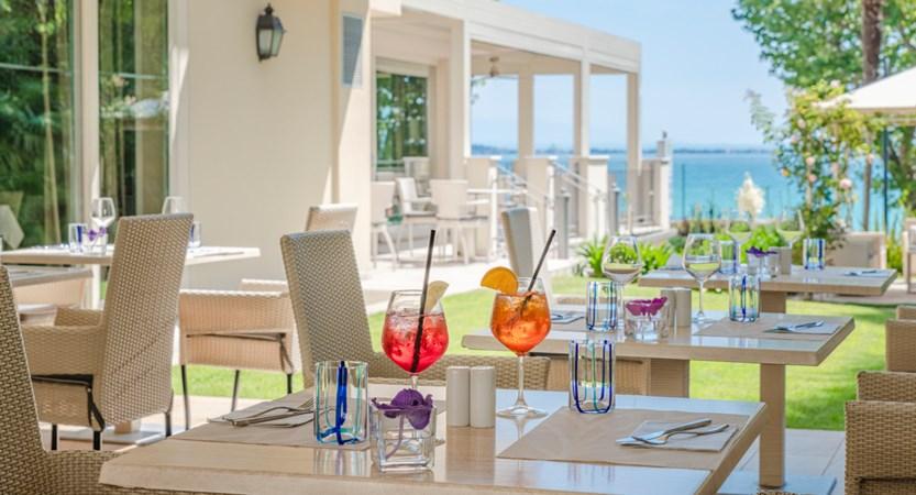 Hotel Villa Rosa, Pool Bar