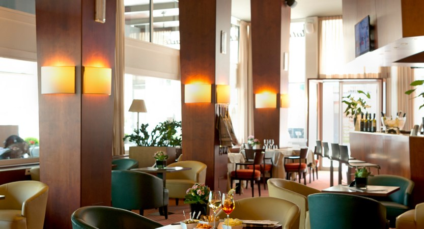 Hotel Barchetta, Lounge and Bar