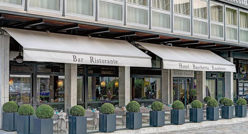 Hotel Barchetta, Exterior Bar