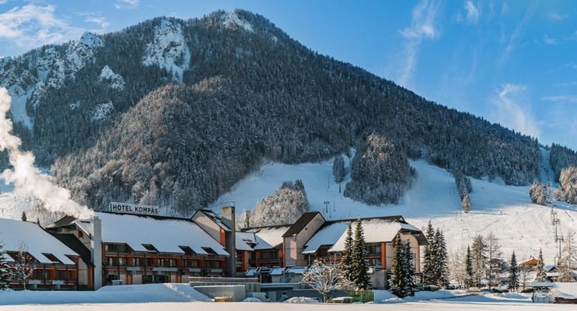 Hotel Kompas Kranjska Gora winter.JPG
