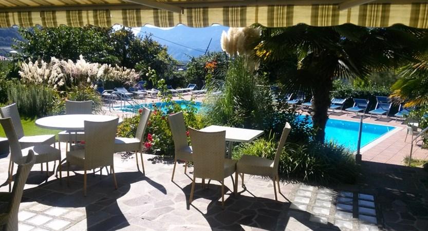 Hotel Salgart, Poolside Terrace