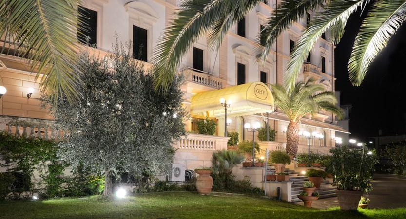 Grand_Hotel_Vittoria_External.jpg