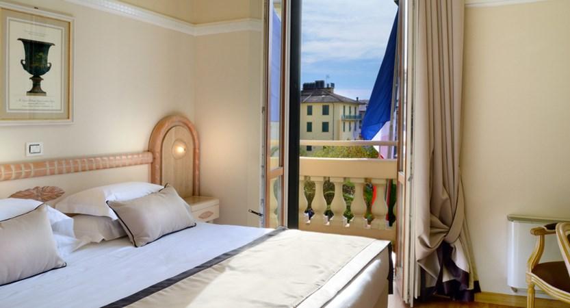 Grand_Hotel_Vittoria_Camera_Classic.jpg