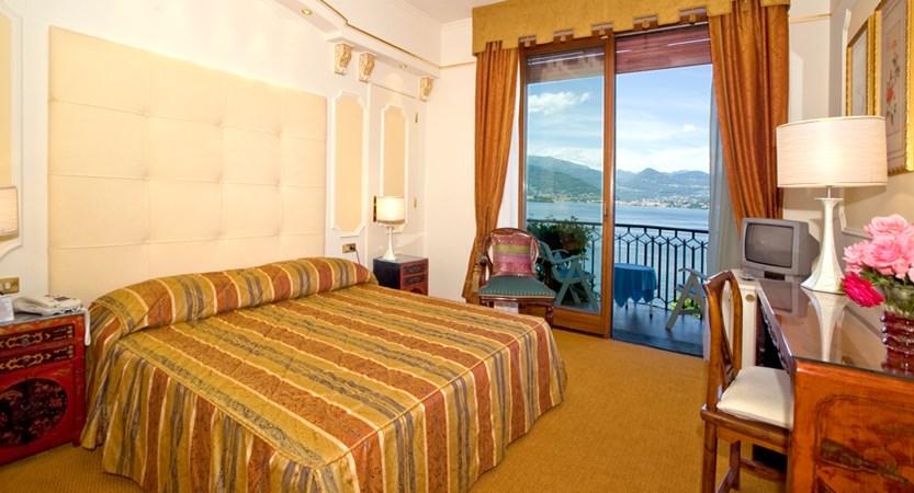 Hotel Astoria Guest Room (1).jpg