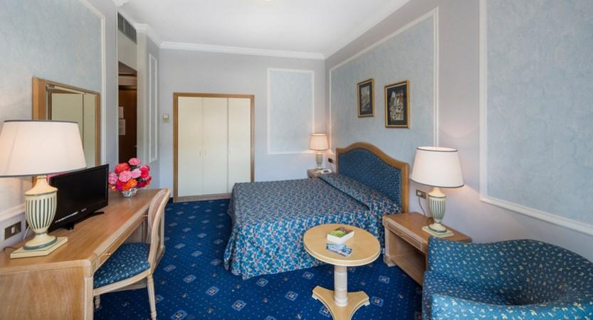 Hotel Astoria Guest Room (2).jpg