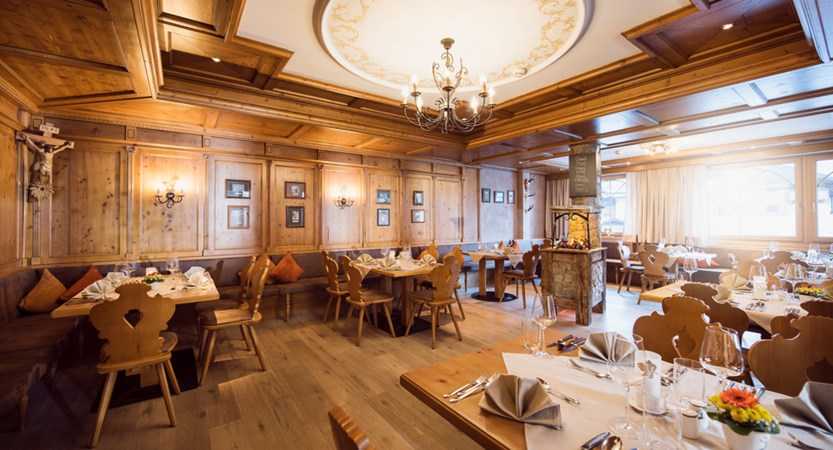 Activehotel Bergkonig Neusift Austria Dining
