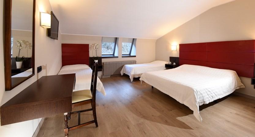 bedroom-quad-D2S.jpg