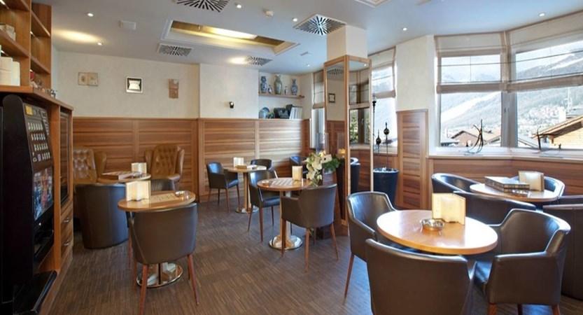 italy_livigno_hotel-lac-salin_lounge2.jpg