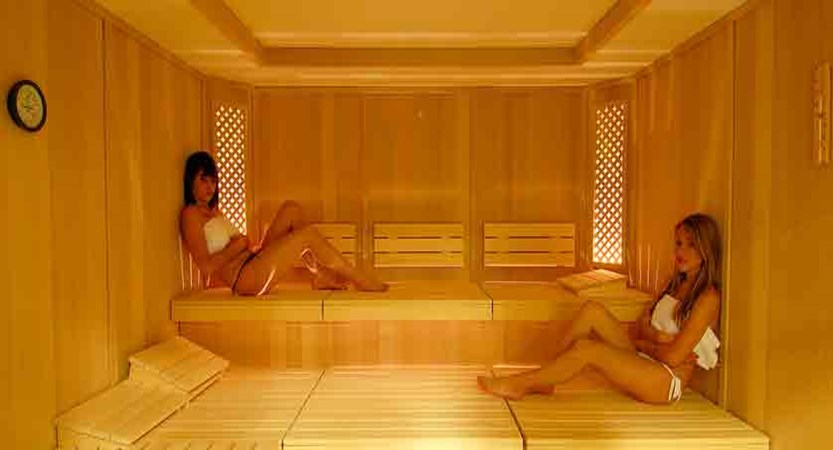 italy_livigno_hotel-lac-salin_sauna.jpg
