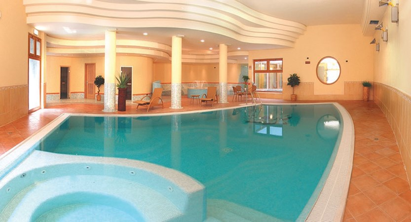 Parc Hotel, Peschiera, Lake Garda, Italy - Indoor Pool.jpg