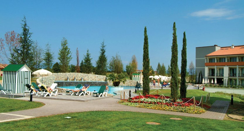 Parc Hotel, Peschiera, Lake Garda, Italy - relax Pool.jpg