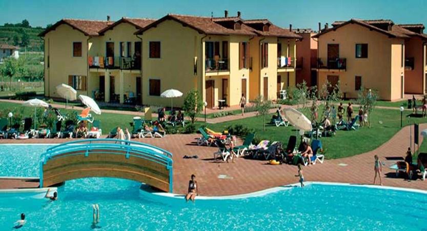 Eden Apartments, Peschiera, Lake Garda, Italy - exterior.jpg
