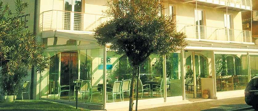 Hotel Acquadolce, Peschiera, Lake Garda, Italy - exterior.jpg
