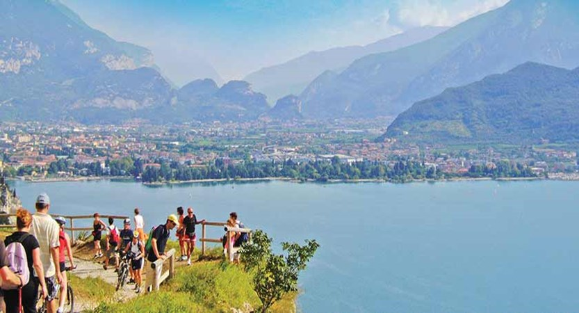 The scenic Ponale walk to Riva.jpg