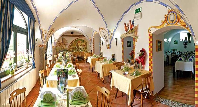 Hotel Garden, Lake Ledro, Italy - restaurant.jpg