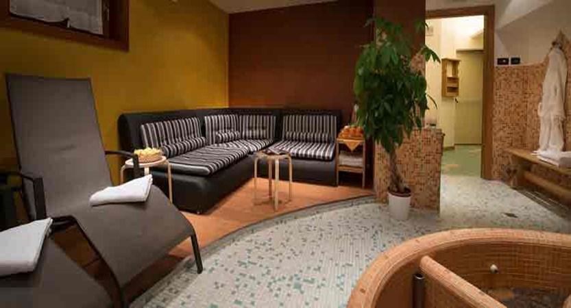 italy_livigno_hotel-st-michael_spa-area.jpg