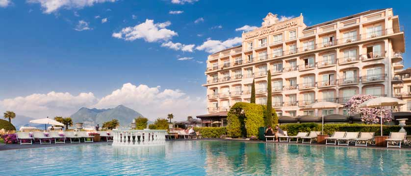 Bristol Grand Hotel, Stresa, Lake Maggiore, Italy - exterior with pool.jpg