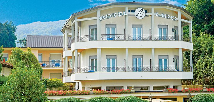 Lido La Perla Nera, Stresa, Lake Maggiore, Italy - hotel exterior.jpg