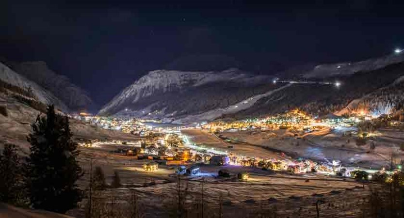 italy_livigno_night.jpg