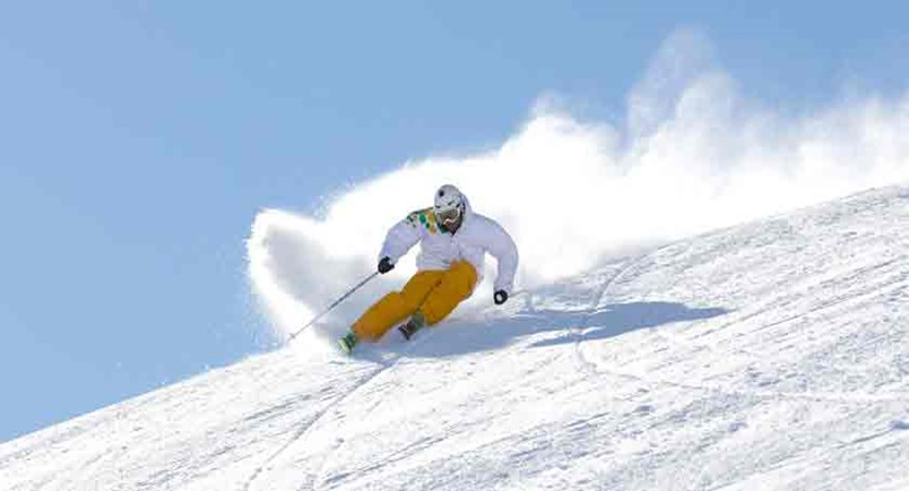 italy_livigno_skier2.jpg
