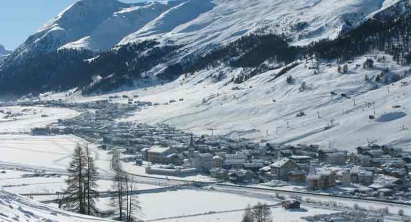 italy_livigno_village.jpg