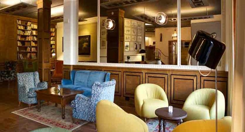 italy_pila-aosta_hotel-duca-d'aosta_lounge3.jpg