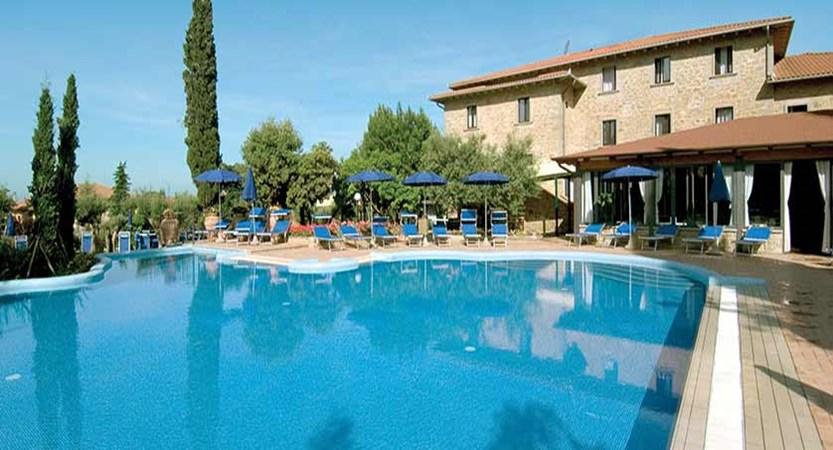 Club Hotel Villa Paradiso, Lake Trasimeno, Italy - exterior with outdoor pool.jpg