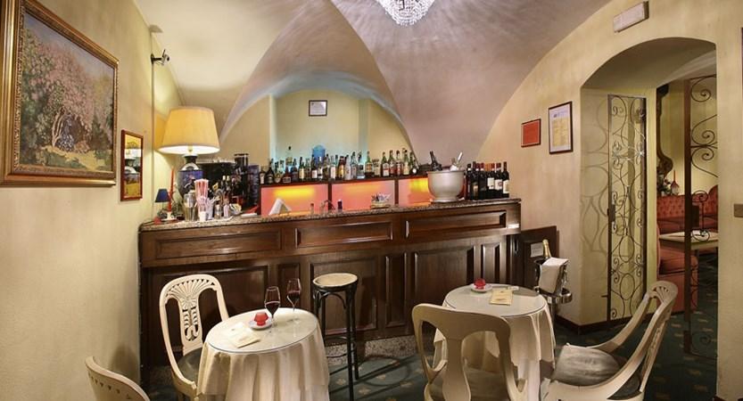 Grand Hotel Plaza, Montecatini, Italy - bar interior.jpg