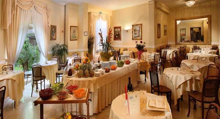 Grand Hotel Plaza, Montecatini, Italy - restaurant.jpg