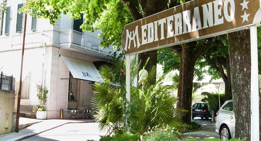 Hotel Mediterraneo, Montecatini, Italy - entrance exterior.jpg