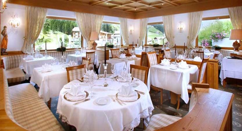 Boutique Hotel Pralong, Selva, Italy - dining room.jpg