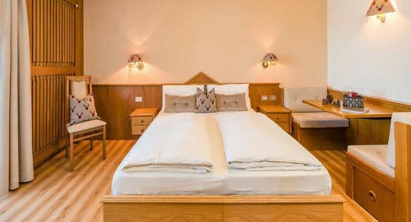 Hotel Linder, Selva, Italy - bedroom interior.jpg