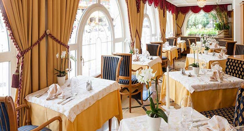 Hotel Oswald, Selva, Italy - dining room.jpg