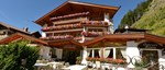 Hotel Sun Valley, Selva, Italy - entrance.jpg