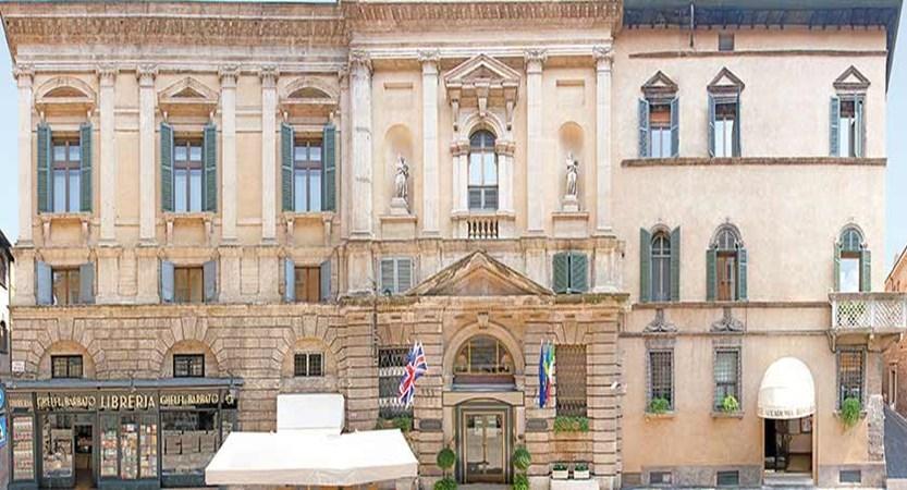 Hotel Accademia, Verona, Italy - exterior.jpg