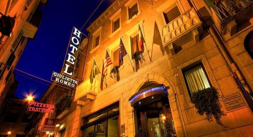 Hotel Giuletta & Romeo, Verona, Italy - exterior.jpg