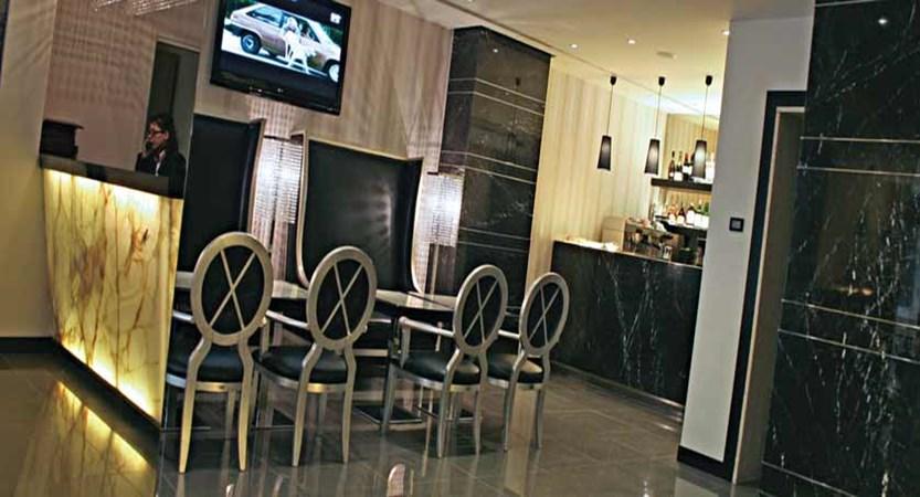 Hotel Milano, Verona, Italy - bar&lounge.jpg