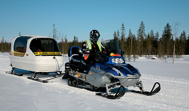 Snowmobile Safari TH