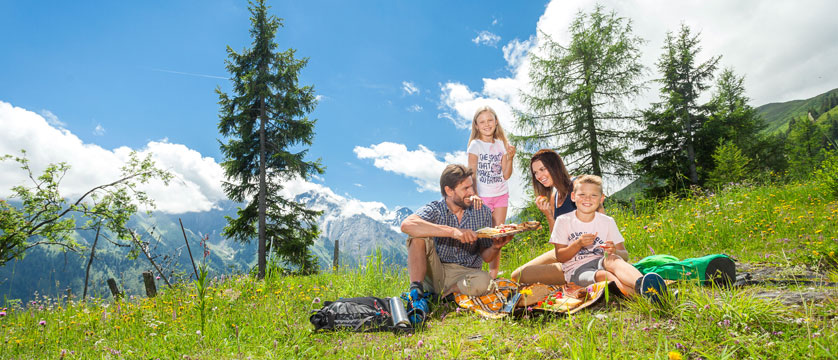 Summer Holidays 2019 | Lakes and Mountains Deals | Inghams