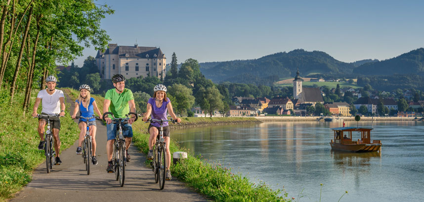 Treasures of the Danube unescorted cycling tour
