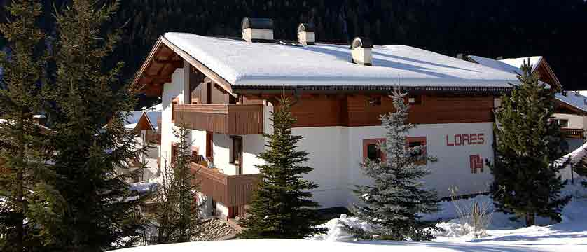 Residence Lores - self-catering ski apartment holidays