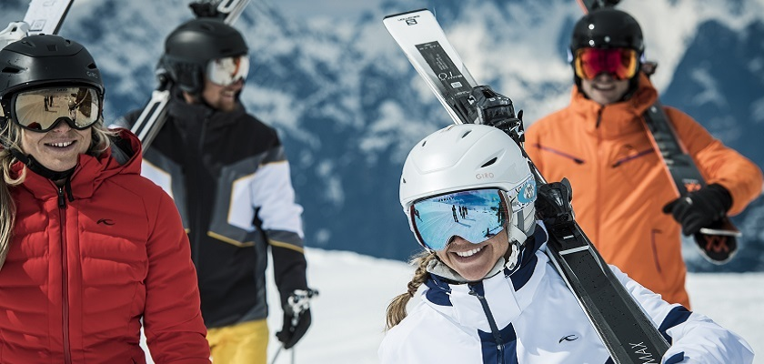 A Beginner's Guide to What to Wear Skiing